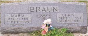 Christopher Braun and Maria Mulzer gravestone