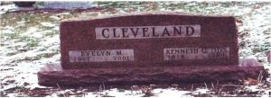 Kenneth Cleveland and Evelyn Carter gravestone