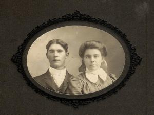Thomas Edgar Morgan and Sadie Hendirx